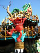 Elmo´s Treehouse Trek